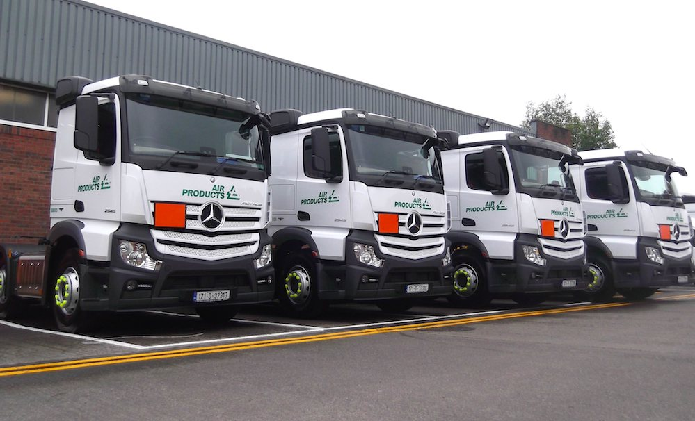 Mercedes benz actros delivers for air products ireland for Mercedes benz fleet